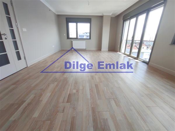 Erenköy Divana Yakın 2 Yıllık 3+1 Satılık Lüks Daire
