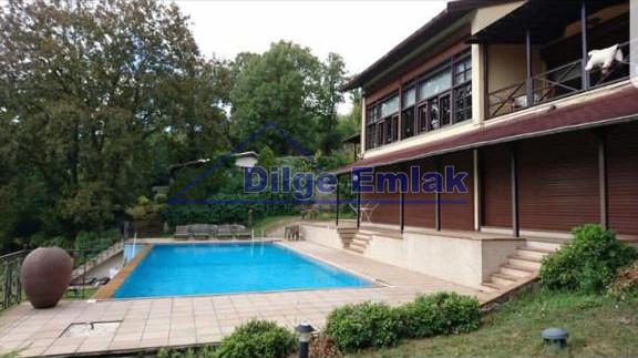 Çekmeköy Reşadiye… 800m2 Lüks Müstakil Satılık Villa